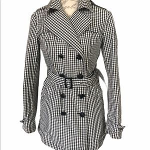❤️ HOST PICK ❤️ Betsey Johnson Belted Trench Coat